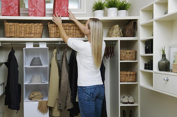 Organize-Your-Closet-to-be-happy